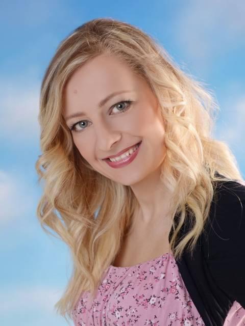 Emily D. Beňová